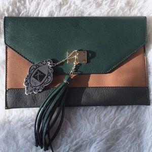 *NEW* color block envelope Vegan leather clutch